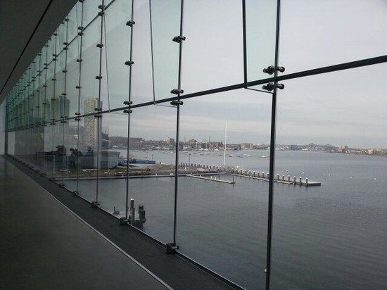 The Institute of Contemporary Art : Vista desde el cuarto piso