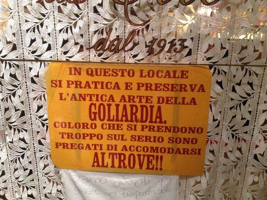 Antica Trattoria da Tito: Cartello sulla porta di entrata