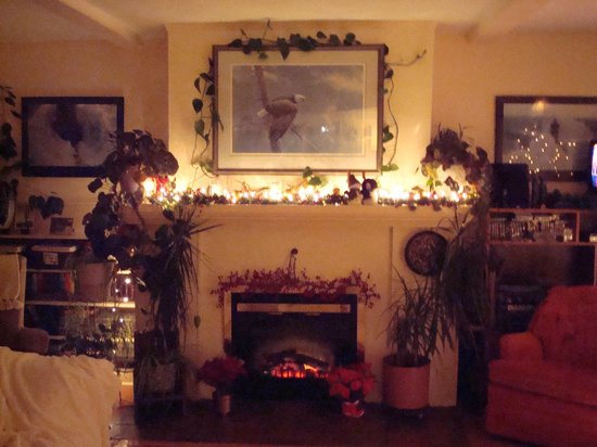 Rosemary Inn: Christmas AT Denniston By The Sea
