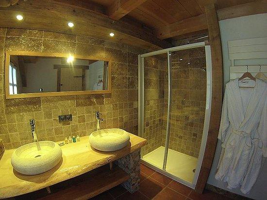 Snow Candy - Chalet La Plagnette: Bathroom
