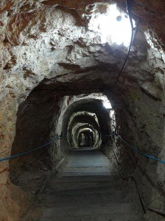 Sanctuary of El Socavon: Bajada a la mina