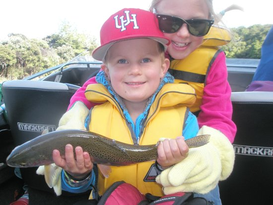 Fish Jet: Dylan & Luci proud fisher-people