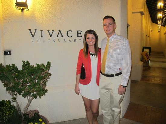 Vivace Restaurant: Beautiful Entrance to the Restaurant