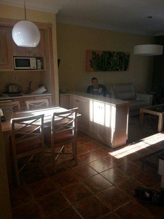 Apartments Villa Mandi: Kitchen
