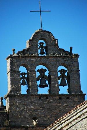 Barcelo Monasterio de Boltana : Detalle del campanario del monasterio