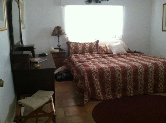 San Patricio, NM: Bedroom of the orchard house