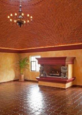 LifePath Center: Yoga room at LifePath Retreats