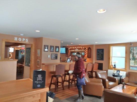 Lake Placid Pub & Brewery: Friday