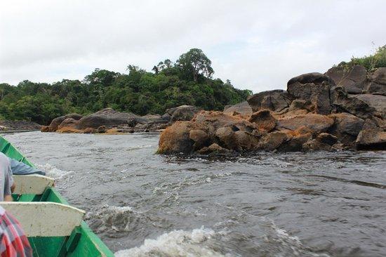 Foundation for Nature Preservation (Stinasu): Heading up the rapids