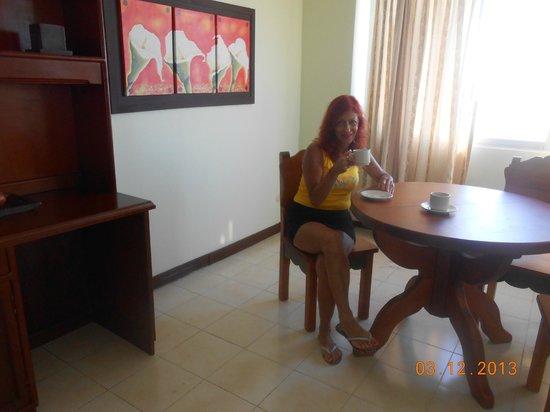 Sol Caribe Sea Flower Hotel: Vista del comedor con su mesa
