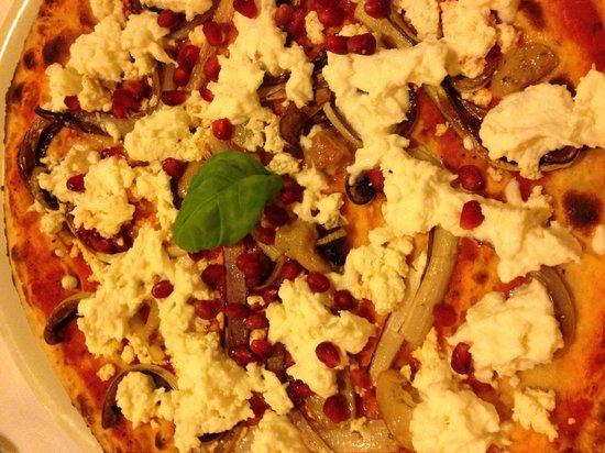Pizzeria Ristorante IL Saraceno: Pizza con melograno