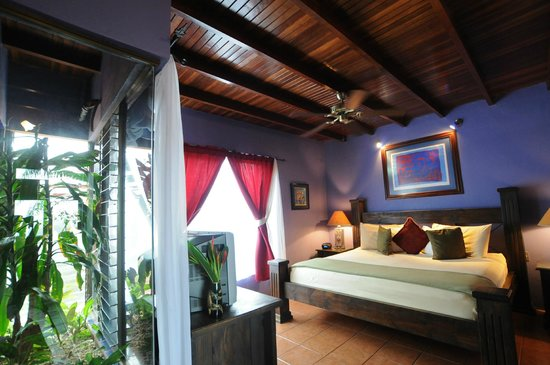 Casa Bella Rita Boutique Bed & Breakfast: Mariposa Room - perfect for honeymooners!