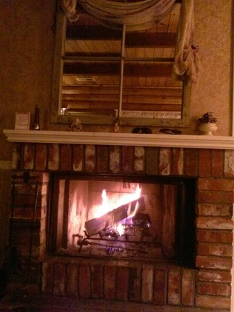 J. Patrick House Bed and Breakfast Inn: In room wood burning fireplace