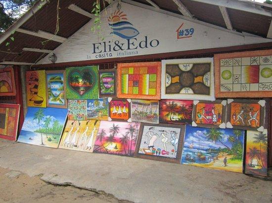 Condo Hotel Plaza Europa: Art on the Beach