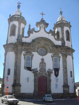 Our Lady of Carmo church: Vista da frente da igreja