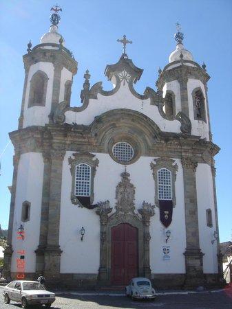 Nossa Senhora do Carmo Church: Vista da frente da igreja