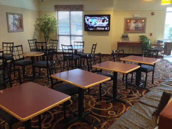 Best Western Plus Seabrook Suites: A nice, large, clean seating area