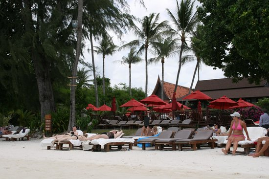 Amari Koh Samui : The beach in front of the Amari