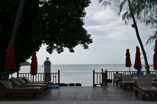 Amari Koh Samui : View from the pool to the beach