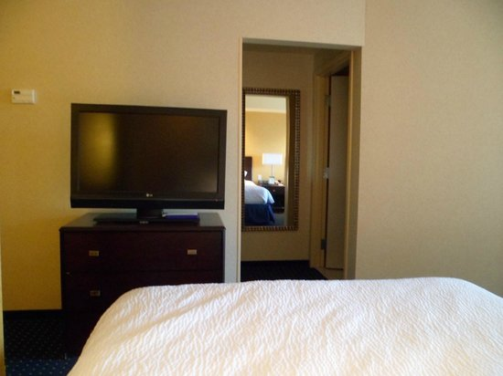 SpringHill Suites Wheeling: the tv and bathroom door