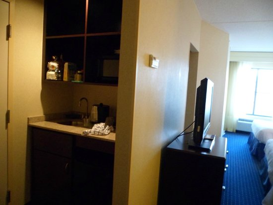 SpringHill Suites Wheeling Triadelphia Area: kichen in room