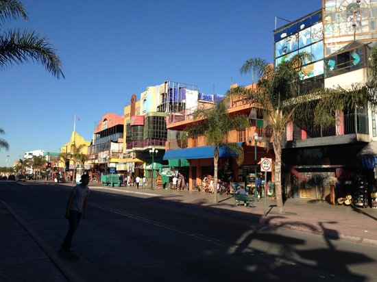 Chiki Jai: Avenida Revolucion - the tourist center of Tijuana