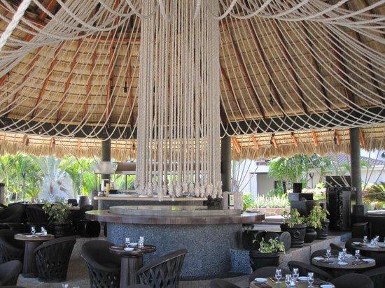 Cabo Azul Resort : Pool Bar