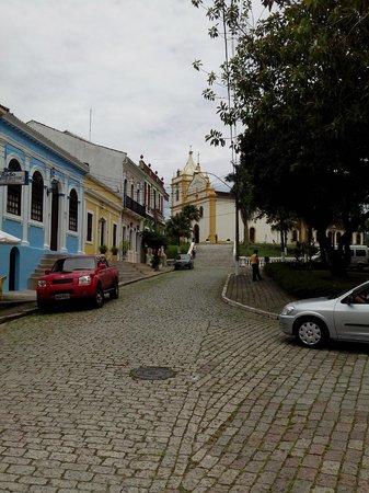 Hotel Capelista: A praça pertinho do Hotel