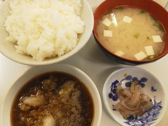 Tempura no Hirao Tenjin: ごはんと味噌汁