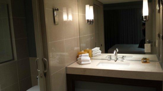 Hotel La Jolla, Curio Collection by Hilton: Suite 810