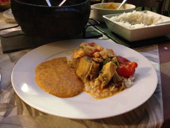 Taverne 67 : Moqueca de peixe com camarão