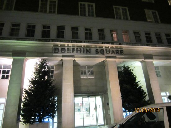 Dolphin House Serviced Apartments: Xmas trees going up
