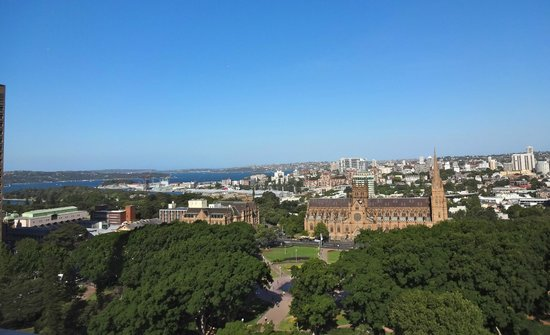 Sheraton on the Park, Sydney: View from the top of the Sheraton Hotel across Hyde Park