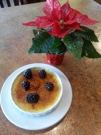 Bluefront Cafe: Vanilla Bean Creme Brule. Amazing. Best ever!