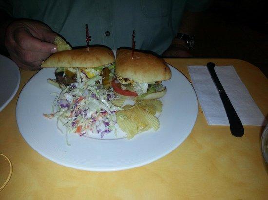 Grill on Gage: Hamburger