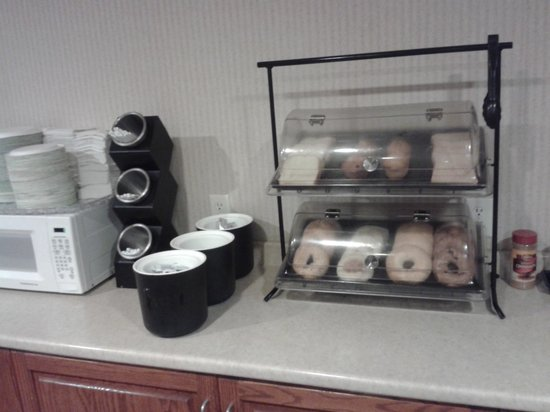 Colfax Inn : bfast area food