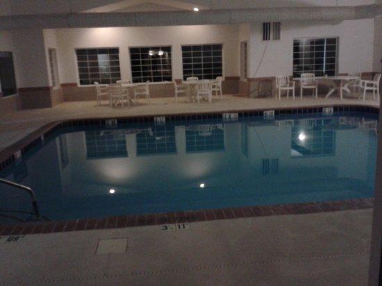 Colfax Inn: pool