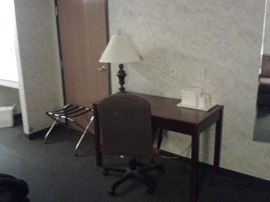 Colfax Inn: king room