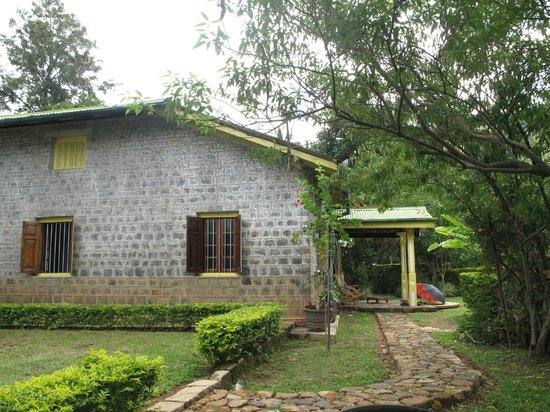 Amba Estate Farmstay: Side of guest house