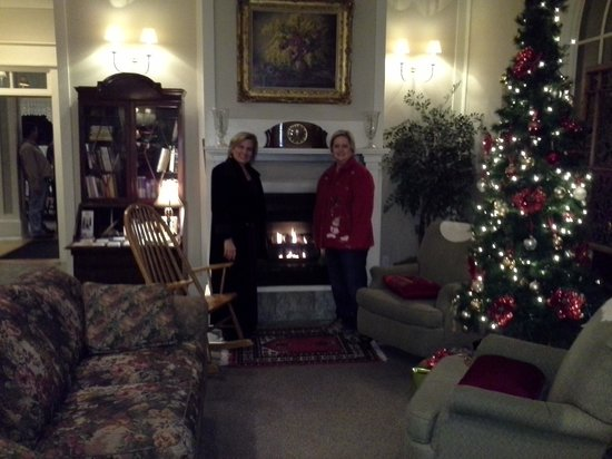 Hotel DeFuniak: Pam and I