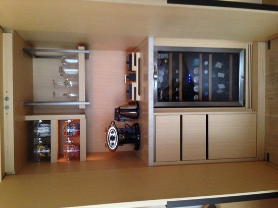 Free mini bar - Picture of The Upper House, Hong Kong - TripAdvisor