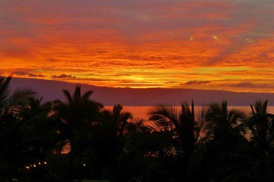 Honua Kai Resort & Spa : Sunset