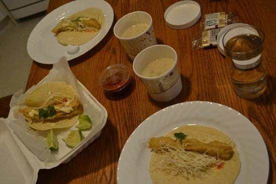 Kearsarge Cafe: Fish Tacos and Clam Chowder To Go