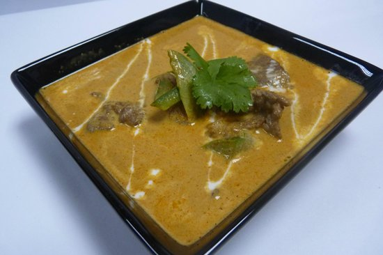 Panang curry picture of aroy thai cuisine tegucigalpa for Aroy thai cuisine menu