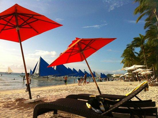 The District Boracay: Beachfront where too many touts lurk