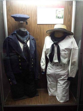 National Civil War Naval Museum : Uniforms