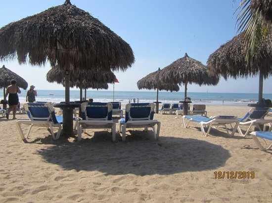 Occidental Nuevo Vallarta : Sitting on the beach