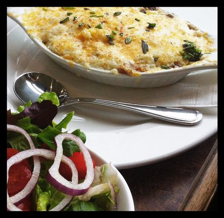 The Shady Rest Waterfront : Shepherd's Pie ... Pure comfort food for a cold winter's day!