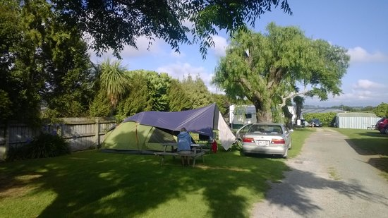 Omokoroa Kiwi Holiday Park: Our tent