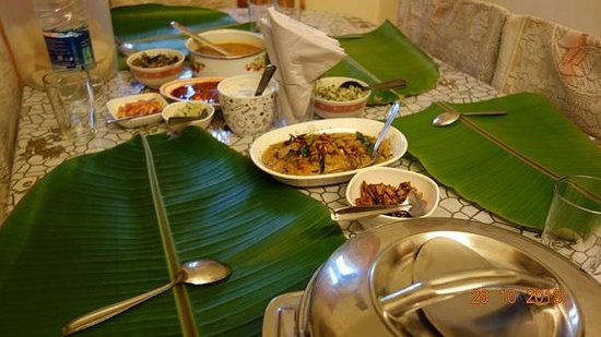Coconut Creek Farm and Homestay Kumarakom: cooked yummy Lobsters and kerala food - enjoyed it